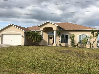 Cape Coral Single Family Home For Sale: 1408 SW 15th Pl