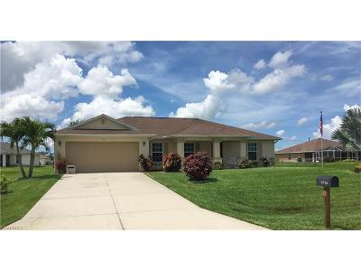 Cape Coral Single Family Home For Sale: 1714 NE 34th Ln
