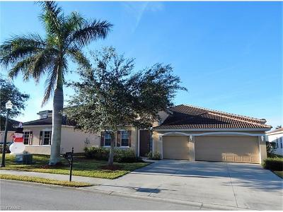 Cape Coral Single Family Home For Sale: 3016 Lake Manatee Ct