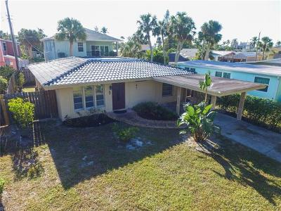 Fort Myers Beach Single Family Home For Sale: 170 Washington Ave