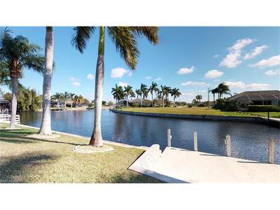 Cape Coral, Matlacha, North Fort Myers Single Family Home For Sale: 4323 SW 18th Pl