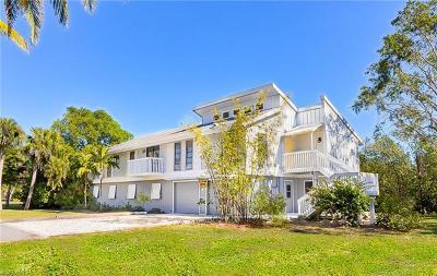 Sanibel Single Family Home For Sale: 2490 Coconut Dr