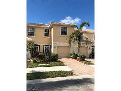 Lehigh Acres Condo/Townhouse For Sale: 8668 Athena Ct