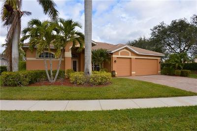 Fort Myers Single Family Home For Sale: 7915 Go Canes Way