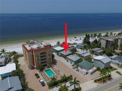 Fort Myers Beach Single Family Home For Sale: 724 Estero Blvd