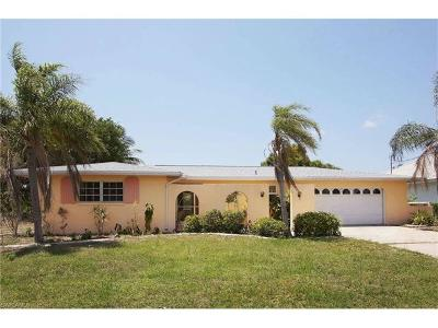 Cape Coral Single Family Home For Sale: 1936 SE 18th Ave
