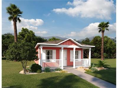Lehigh Acres Single Family Home For Sale: 9125 Aegean Cir