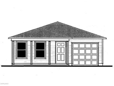 Lehigh Acres Single Family Home For Sale: 9107 Aegean Cir