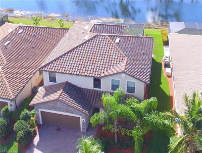 Fort Myers Single Family Home For Sale: 9232 River Otter Dr