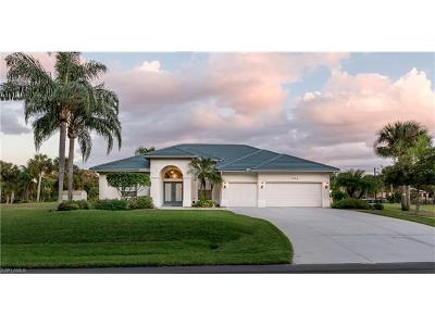 Port Charlotte Single Family Home For Sale: 1052 Eppinger Dr