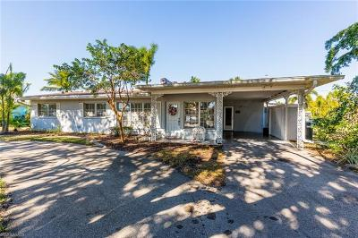 Fort Myers Single Family Home For Sale: 1035 Wyomi Dr