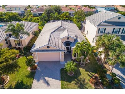 Cape Coral Single Family Home For Sale: 2616 Brightside Ct