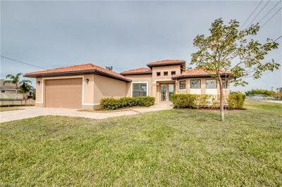 Cape Coral, Matlacha Single Family Home For Sale: 2001 SW 31st Ter
