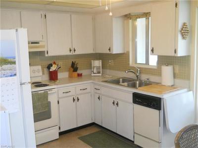 Lehigh Acres Condo/Townhouse For Sale: 347 Joel Blvd #205