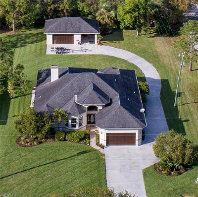 North Fort Myers Single Family Home For Sale: 8271 Boonesboro Rd
