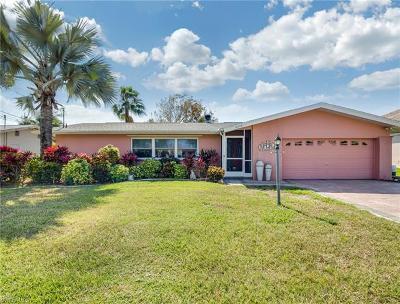 Cape Coral Single Family Home For Sale: 5336 Congo Ct