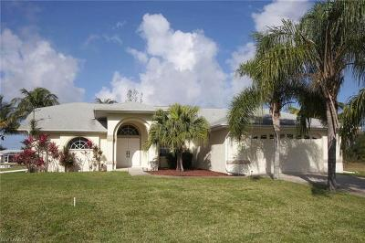 Cape Coral, Matlacha, North Fort Myers Single Family Home For Sale: 4416 SW 24th Ave