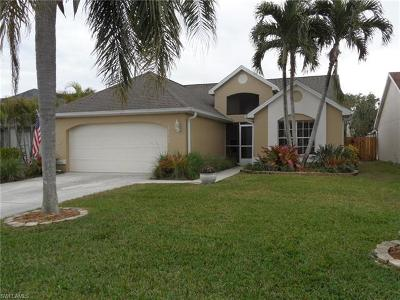 Fort Myers FL Single Family Home For Sale: $255,000