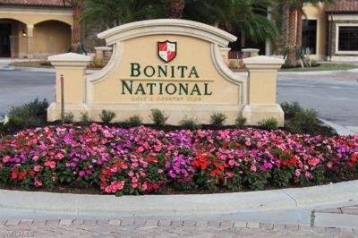 Bonita National Golf And Country Club Condo/Townhouse For Sale: 28536 Carlow Ct #201
