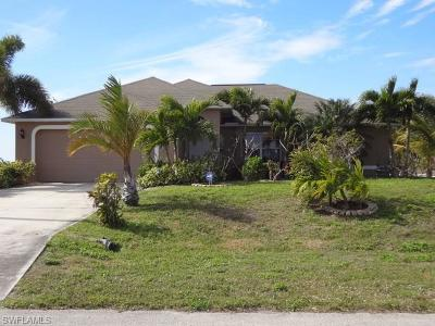 Cape Coral Single Family Home For Sale: 2744 NW 45th Pl