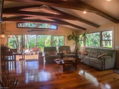 Alva Single Family Home For Sale: 3781 Bateman Rd