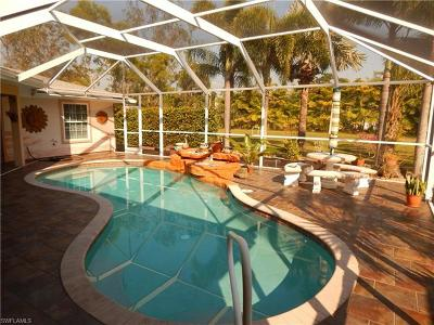 Fort Myers Single Family Home For Sale: 15895 Briarcliff Ln