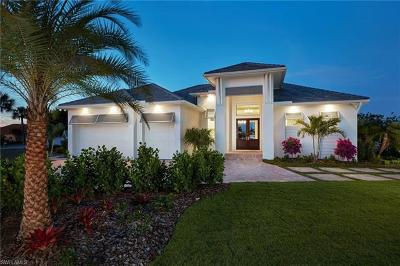 Cape Coral Single Family Home For Sale: 11699 Royal Tee Cir