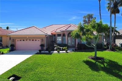 Cape Coral Single Family Home For Sale: 1520 SW 51st Ln