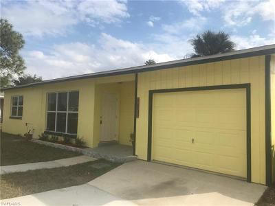 Port Charlotte Single Family Home For Sale: 22145 Midway Blvd