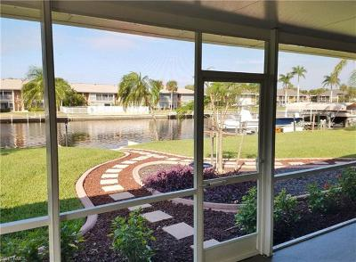 Cape Coral, Matlacha, North Fort Myers Single Family Home For Sale: 4638 SE 5th Pl