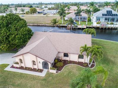 Cape Coral Single Family Home For Sale: 1203 SW 49th St