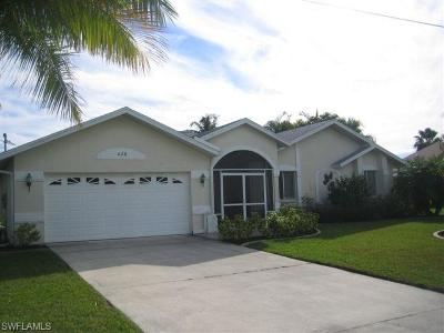 Cape Coral Single Family Home For Sale: 426 SW 45th St