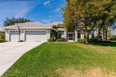 Cape Coral Single Family Home For Sale: 3804 SW 27th Ct