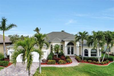 Cape Coral Single Family Home For Sale: 2033 SE 28th St