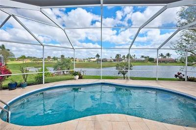 Cape Coral Single Family Home For Sale: 11880 Princess Grace Ct
