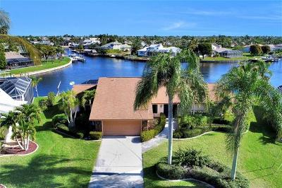 Cape Coral Single Family Home For Sale: 1401 SW 52nd Ter