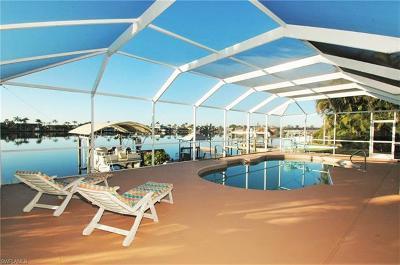 Cape Coral Single Family Home For Sale: 610 Cape Coral Pky W