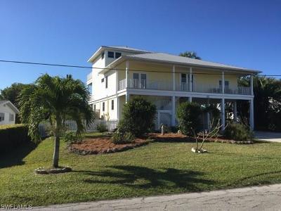 Bokeelia, Pineland, Saint James City, St. James City Single Family Home For Sale: 2625 8th Ave