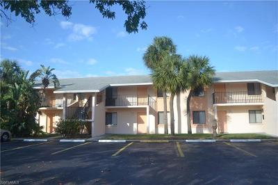 Cape Coral Condo/Townhouse For Sale: 4912 Vincennes Ct #202