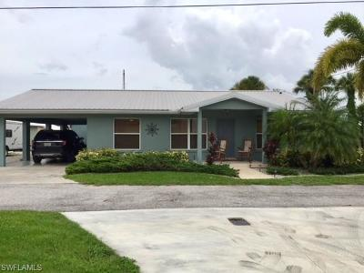 Glades County Single Family Home For Sale: 1075 Lowry Ln NW