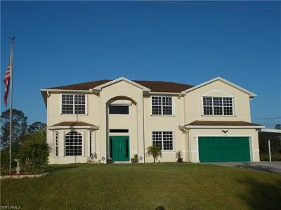 Lehigh Acres Single Family Home For Sale: 605 Louis Ave