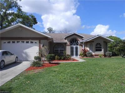 Lehigh Acres Single Family Home For Sale: 1009 Wells Ave