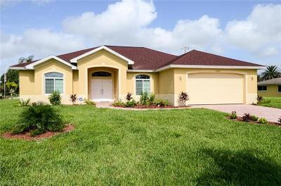 Cape Coral Single Family Home For Sale: 3208 SE 4th Ave