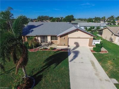 Cape Coral Single Family Home For Sale: 1044 SE 23rd Ave