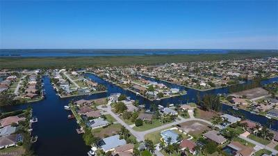 Cape Coral, Matlacha, North Fort Myers Single Family Home For Sale: 2731 SW 37th Ter