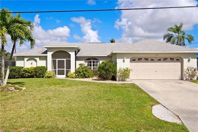 Cape Coral Single Family Home For Sale: 2123 SE 15th St