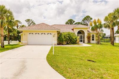 Lehigh Acres Single Family Home For Sale: 713 Roosevelt Ave