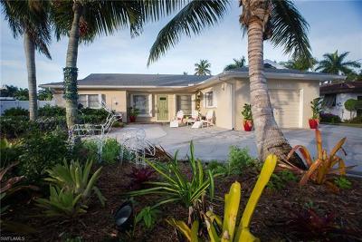 Fort Myers Beach Single Family Home For Sale: 121 Estrellita Dr