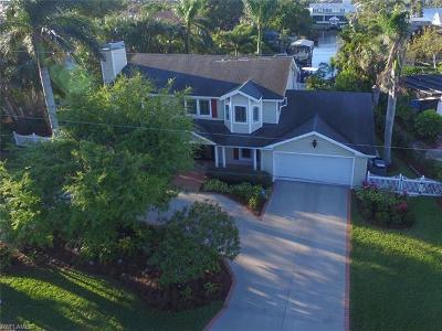 Fort Myers Single Family Home For Sale: 970 Aqua Ln