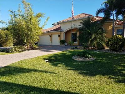 Cape Coral Single Family Home For Sale: 1512 El Dorado Pky W